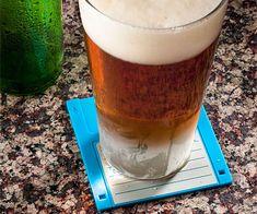 Ces disquettes 3.5 peuvent faire un apéritif original en étant utilisées comme sous-bocks pour y poser tasses, verres et snacks.