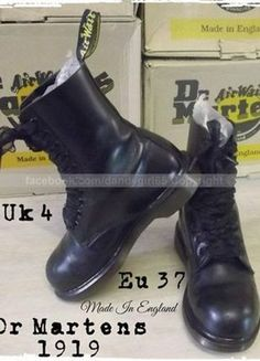 0d38e56f955c6 disponible ☠ Doc Martens -- Model 1919 -- Noires-- UK 4-- EU 37 made in  egland coquées acier !! c est la mythique de chez Dr. Martens ! Made in  England !!