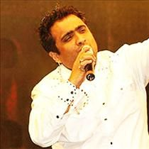 Listen online Mp3 songs of the Mesmerizing singer Kunal Ganjawala from the compilation Telugu Hits Of Kunal Ganjawala which content various songs like Diri Diri Oye Oye,Navvuthu Ring Tone and many more various Mp3 Songs