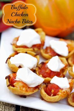 Quick and easy game night (or any night) recipe~ Bufffalo chicken nacho bites Recipes Appetizers And Snacks, Tailgating Recipes, Finger Food Appetizers, Easy Appetizer Recipes, Best Appetizers, Snack Recipes, Cooking Recipes, Finger Foods, Football Food