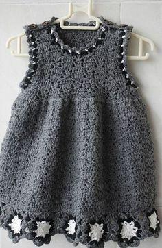Patrón #257: Vestido Gris de Bebé a Crochet