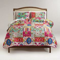 Love! Istanbul Patchwork Quilt