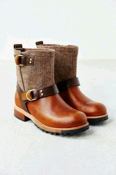 Woolrich Balt Oxford Tweed Moto Boot - Urban Outfitters Need to find a  cheaper version
