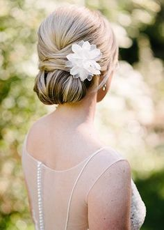 classic updo wedding hairstyles for long hair #weddinghairstyles