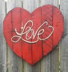 Shabby Chic Handmade Reclaimed Pallet Wooden Heart Sign Red Valentine