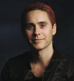 LOOK AT HIM LOOK AT THAT FACE • Jared Leto