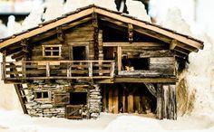 Výsledok vyhľadávania obrázkov pre dopyt krippenbauen Building Furniture, Miniature Houses, Fairy Land, Miniture Things, Fairy Houses, Little Houses, Fairy Lights, Christmas Decorations, Woodworking