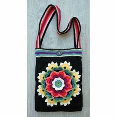 Bag pattern that comes with Frida's Flowers Blanket Pack / kit ****IF you order your pack/kit from Janie Crow.
