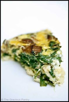Clean Eating Garlic Mushroom And Spinach Frittata. Sub powdered with real garlic. Spinach Frittata, Frittata Recipes, Garlic Spinach, Baked Frittata, Spinach Egg, Fresh Garlic, Garlic Mushrooms, Spinach Stuffed Mushrooms, Clean Eating Recipes