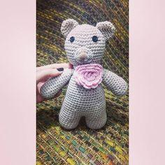 Lady ursinha #crochet #crochetlovers #amigurumi #feitoamao #artesanato #handmade…