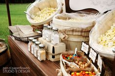 Beautifully rustic popcorn bar from Pen N' Paperflowers. Would love to do something like this!