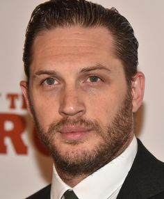 This is Tom Hardy. The most perfect man in all the world. And in case you weren't aware, he reached his peak in 2015. | 29 Times Tom Hardy Was Goddamn Human Perfection In 2015
