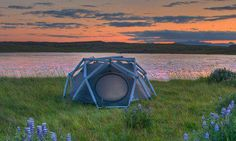 Its called the Incredible Inflatable geodesic Cave Tent.. Pitches in 1 Minute, Makes Camping a Breeze    http://heimplanet.com/?lang=en