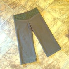 Lulu Army Green Crops I cannot find the size anywhere on these, but I am pretty positive they are a 6. I wear a 10 normally and these were way too small lululemon athletica Pants Capris