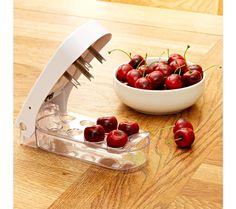 Odpeckovač třešní | magnet-3pagen.cz #magnet3pagen #magnet3pagen_cz #magnet3pagencz #3pagen #kuchyn #vareni Serving Bowls, Tableware, Kitchen, Dinnerware, Cooking, Tablewares, Kitchens, Dishes, Cuisine