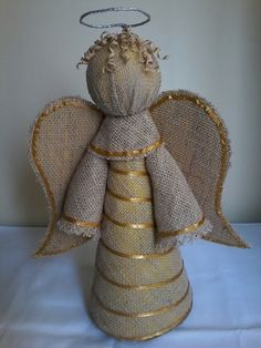 Christmas Jute Ornaments: 57 Models to Decorate Your Home Christmas Angel Ornaments, Christmas Crafts To Make, Christmas Gift Box, Crafts To Make And Sell, Christmas Nativity, Christmas Projects, Diy And Crafts, Crafts For Kids, Christmas Decorations