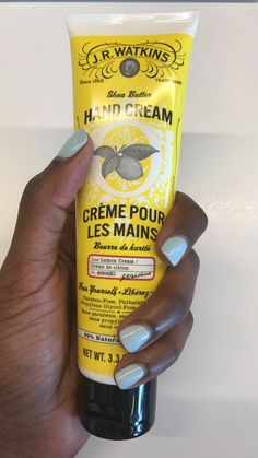 I hate dry-looking and feeling hands about as much as I hate cold fries, so I stay with a few good hand creams in my life at all times. A little over a month ago I tried the J.R. Watkins Shea Butter Hand Cream in lemon and it is sooooo good! I've been keeping it on my bathroom sink, next to their lemon hand soap that I equally love, and I use it after I wash my hands. The cream is good if you just wanna carry it in your bag or leave it on your desk at work. I personally like pairing it with…