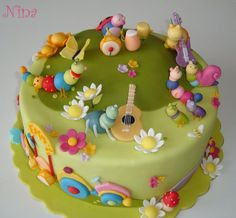 Baby Tv Cake, Birthday Cake, Birthday Ideas, Desserts, Pastel, Food, Cakes, Tailgate Desserts, Deserts