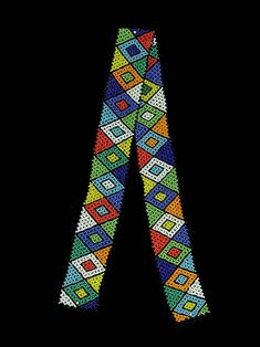 Diamond patterned beaded belt from the Zulu people of South Africa. Loom Bands, Bead Loom Patterns, Beading Patterns, African Diamonds, Afrique Art, African Traditions, Beaded Shoes, Contemporary African Art, Beadwork Designs