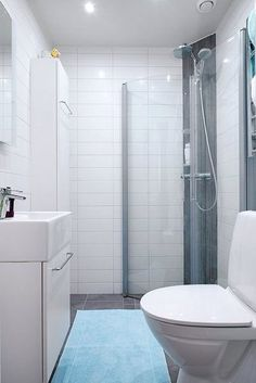 Small Bathroom Ideas - Space-saving Bathroom Furniture And Many Clever Solutions Apartment Bathroom Design, Diy Bathroom Decor, Bathroom Furniture, Bathroom Ideas, Bathroom Designs, Space Saving Bathroom, Small Bathroom Storage, Kb Homes, Appartement Design
