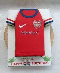 Arsenal Football Cake 10th Birthday, Birthday Cakes, Happy Birthday, Birthday Parties, Birthday Ideas, Cakes For Teenagers, 40th Cake, Shirt Cake, Gbbo