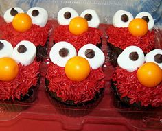 ELMO CupCakes!!! birthday cupcak, elmo cupcak, cupcak fun, eye