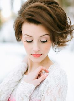 The top 3 Bridal & bridesmaids makeup looks for 2013 - Wedding Party