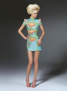 #kamzakrasou #sexi #love #jeans #clothes #dress #shoes #fashion #style #outfit #heels #bags #blouses #dress #dresses #dressup #trendy #tip #new #kiss #kissesLuxusná Atelier Vercasce na tému funky - KAMzaKRÁSOU.sk