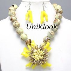 VINTAGE STYLE HAUTE COUTURE RUNWAY CHUNKY NATURAL YELLOW Reef CORAL NECKLACE SET
