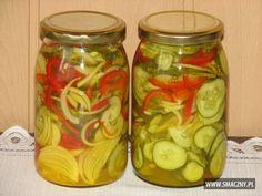 Sałatka z ogórków i kurkumy  Sezon ogórkowy w pełni...  Warto zapisywać sobie ciekawe przepisy - a ta sałatka mówię Wam jest wyjątkowa :) Live Probiotics, Curry, Tzatziki, Fermented Foods, Canning Recipes, Beets, Preserves, Pickles, Cucumber