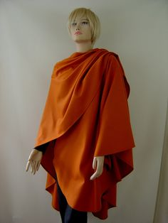 Capes & Ponchos - Cape Poncho Cayenne Merino und Cashmere - ein Designerstück von hofatelier-mode bei DaWanda