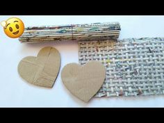 Best out of waste craft ideas Newspaper Crafts, Old Newspaper, Cardboard Paper, Old Magazines, Paper Art, Arts And Crafts, Homemade, Make It Yourself, Craft Ideas