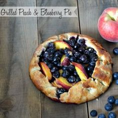 Blueberry & Peach Grilled Pie Recipe {dual gas charcoal grill} #LowesCreator