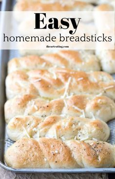Easy homemade breadsticks can be made from scratch in just one hour! Healthy Bread Recipes, Yeast Bread Recipes, Honey Recipes, Cooking Recipes, Budget Recipes, Healthy Meals, Homemade Breadsticks, Herb Bread, Nutritious Snacks