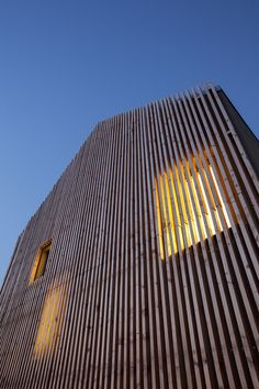 architekti sk's staggered kindergarten overlooks a slovakian vineyard - Wood Ideas Timber Architecture, Contemporary Architecture, Architecture Details, Interior Cladding, Timber Cladding, Facade Design, Exterior Design, Isolation Facade, Wooden Facade