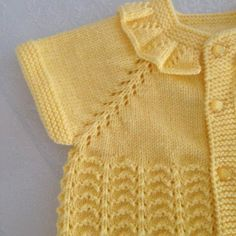 Modern Baby Vest Models – Knitting And We Easy Knitting Patterns, Knitting For Kids, Baby Patterns, Baby Knitting, Crochet Baby, Fashion Infographic, Knit Vest Pattern, Moda Emo, Baby Cardigan