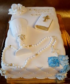Komunia First Communion Cakes, First Holy Communion, Religious Cakes, Communion Dresses, Celebration Cakes, Cakes And More, Beautiful Cakes, Cake Designs, Christening