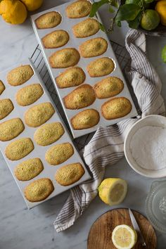 Easy emon & poppy seed madeleines with a lemon glaze recipe #baking