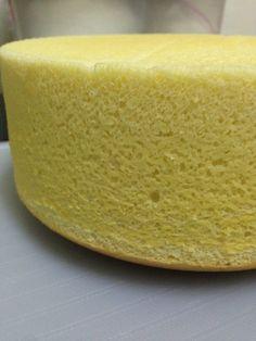 Cheese Sponge Cake Ingredients: 6 egg yolks butter sugar milk cream cheese Cake flour Corn flour 6 egg whites sugar tsp cream of tartar Utensil: round, bo… Nougat Cake, Cheesecake Cake, Cotton Cheesecake, Sponge Cake Recipes, Salty Cake, Strawberry Cakes, Baking Tins, Cake Ingredients, Round Cakes