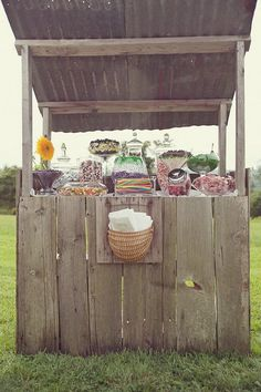 love this rustic idea! Want a candy bar @ vow renewal honey;)