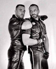 Mens Leather Shirt, Tight Leather Pants, Leather Gloves, Leather Men, Leather Jacket, Mens Gloves, Scruffy Men, Leder Outfits, Bear Men