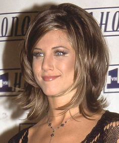"heavily layered medium hair | ... hairstyle from TV series ""Friends"": Shoulder-length heavily layered"