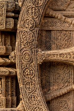 24 Chariot Wheels, illustrative intricate carving in one at the Konarka Sun Temple - Konark Sun Temple - Wikipedia Indian Temple Architecture, Sacred Architecture, Architecture Diagrams, Architecture Portfolio, Khajuraho Temple, Hampi, Temple India, Temple Ruins, Watercolor Architecture