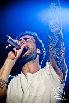 2 see him, meet him, & maaaaybe more!!! hahaha @ Adam Levine!!