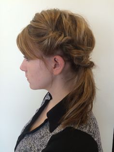 Twisted low pony model