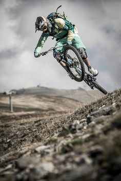 Love this shot. Dont know who to acknowledge. Please follow us @ http://www.pinterest.com/wocycling/