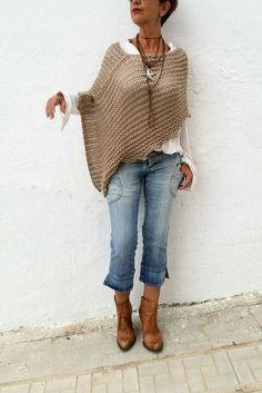 Poncho Pullover, Crochet Poncho, Poncho Sweater, Knitted Poncho, Knitted Shawls, Poncho Outfit, Knitting Sweaters, Knitted Headband, Knitted Blankets
