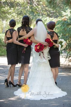 Rancho Santa Ana Botanic Garden Wedding Pictures Bride and her bridesmaids from behind.