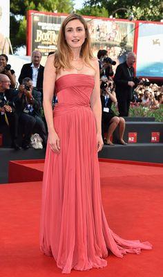 julie-gayet-red-carpet-dress.jpg (634×1075)