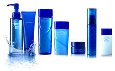Kem chống nắng Shiseido Aqualabel White protect milk xanh UV SPF30 PA++ của Nhật  hiệu quả kéo dài nhiều giờ sau khi thoa với công thức không thấm nước. Sản phẩm không hề bóng nhờn, khô ngay tại chỗ . Làm êm dịu da, chống lại sự gây hại từ các tác nhân bên ngoài .Giúp da mềm mại, mượt  mà với hương thơm nhẹ nhàng của hoa hồng. Lý tưởng khi sử dụng làm lớp nền khi trang điểm.